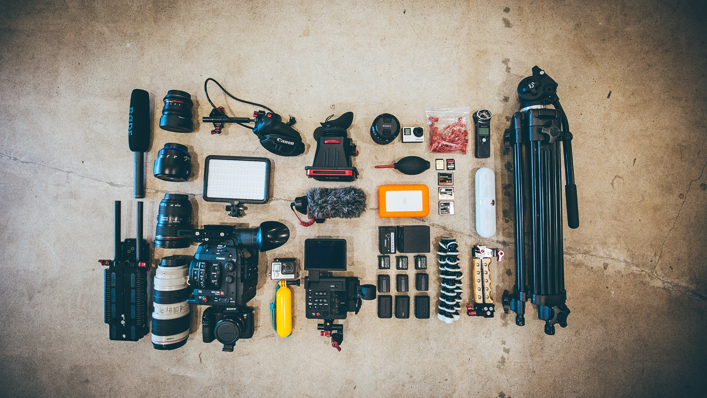 Film-Equipment Jakob Owens, Unsplash